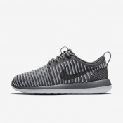 Nike Roshe Two Flyknit Dark Grey/Pure Platinum/Dark Grey Womens Shoes