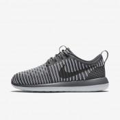 Nike Roshe Two Flyknit Dark Grey/Pure Platinum/Dark Grey Womens Shoes