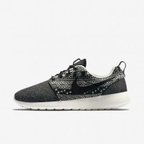 Nike Roshe One Winter Black/Sail/Black Womens Shoes
